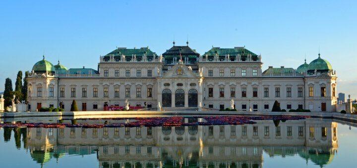 Wien Flug und Hotel