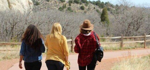 reisebekleidung-damen